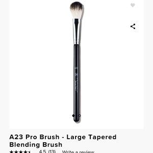 Anastasia Pro Brush A23